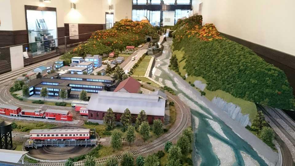 糸魚川駅鉄道ジオラマ姫川渓谷