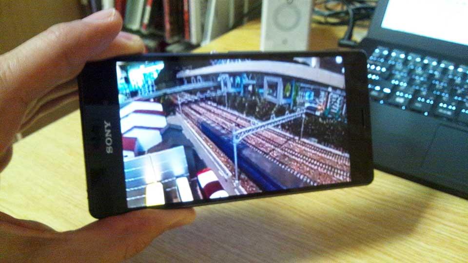 360度動画をYouTubeアプリで(左下)